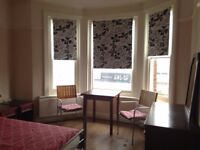 double room to rent, £125 per week, good location, all bills included, clean bright flat