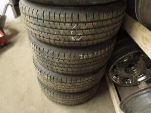 205/65R16 SET OF 4 MATCHING USED BRIDGESTONE TIRES