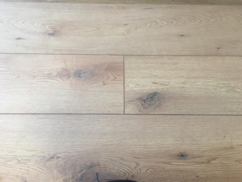 Chester Oak Laminate Flooring 12mm 1 30m2