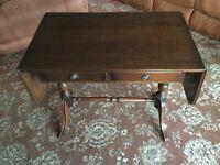 Table Regency style