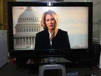 "42"" PHILIP 42PFL5522D HD LCD TV WITH BUILT IN FREE VIEW IN GREAT CONDITION."