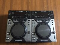 Selling 2 CDJ-400s and a Behringer DJX750 4 channel mixer.