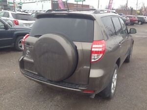 2011 Toyota RAV4 Limited * POWER ROOF * CAM * 4WD London Ontario image 7