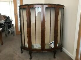 QUALITY HALF MOON CABINET WITH KEY