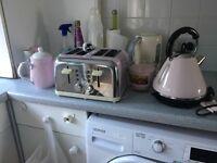 Kettle toaster tea pot