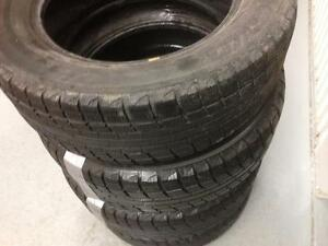 4 Yokohama winter tires:215/60R16