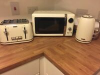 Toaster, kettle, mircomave only used a couple of times in cream colour. also sell seperate