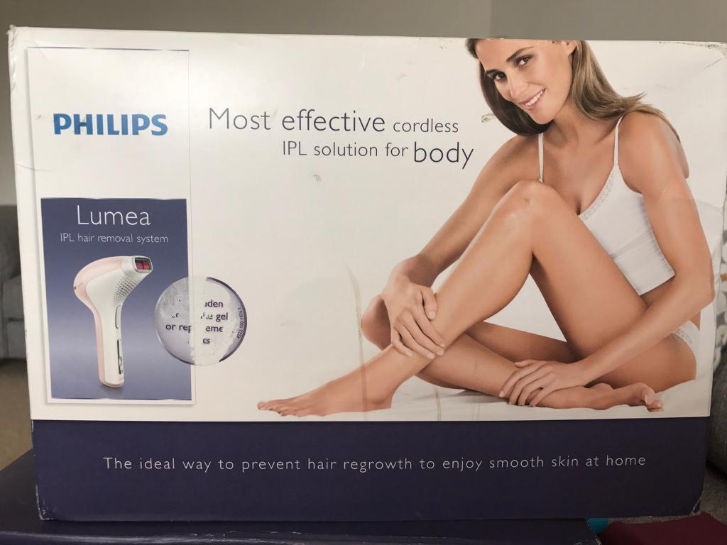 Phillips Lumea IPL hair removal system (nearly newin Wallasey, MerseysideGumtree - Phillips Lumea IPL hair removal system SC2004/11. All parts included and working, only been used a few times. All packaging included, box is slightly ripped, no effect on the product. Clean and in full working order