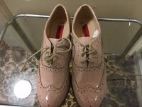 Brand new Very fashion shoes in very good condition