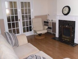 Stunning, traditional, two bedroom, upper flat in Kirkcaldy.