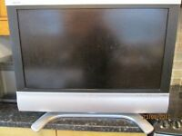 """Television 32"""" inch flat screen LCD Sharp"""