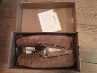 Ugh boots size 4.5 band new never been worn, perfect for a Christmas prezzie!