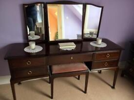 Dressing table and stool vgc