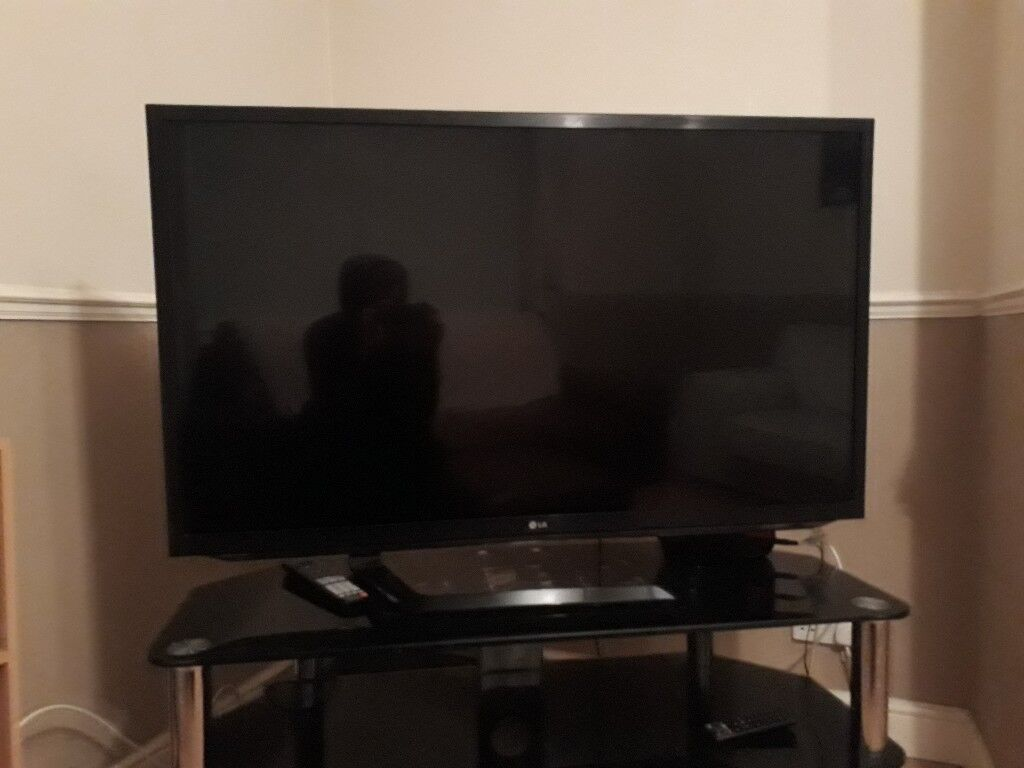 LG 47-inch HD 1080p Cinema 3D Smart Tv with Freeview