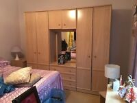 LOVELY LIGHT WOOD BEDROOM SUITE, DOUBLE WARDROBE & DRAWER UNIT,CHEST OF DRAWERS,BEDSIDE CABINETS