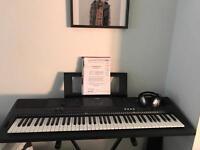 Yamaha EW400 Keyboard