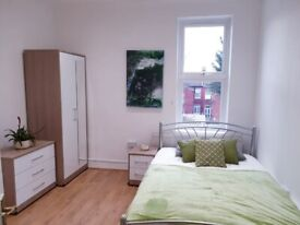 Large spacious ENSUITE ROOM for couples all bills included in Cricklewood NW26SB