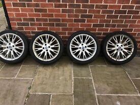 17 inch Fiat grande Punto sporting alloys with tyres. Require refurbishment