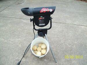 atec hitting streak softball pitching machine