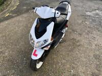Speedfighter 125cc moped scooter vespa honda piaggio yamaha gilera peugeot