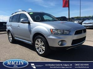 2013 Mitsubishi Outlander, Leather Seats, Loaded