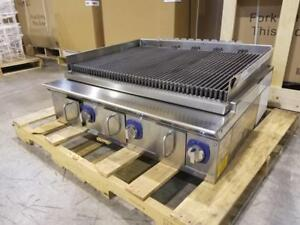 3 FT BRAND NEW CHARBROILER ( DEMO UNIT )