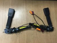 ford focus pair of seat belt tensioner tension clasp x2 tensioners 05 - 10 mk2
