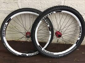 Kore Bike Wheelset 20mm front 12mm rear Tubless tyres Please rear. Price Dropped