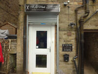 SHOP TO RENT IN DISLEY