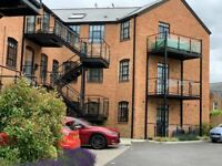 2 bedroom river view flat in High Wycombe
