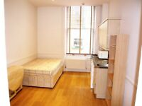 Offered by the Landlord RGF Studio with Private Entrance -Stones Throw away from Kensington Palace