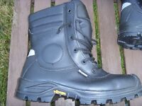 JALLATTE HIGH LEG SIDE ZIP SAFETY WORK BOOTS size 6(39) steel toe/sole never worn £30 collect