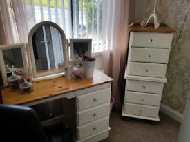 DRESSER TABLE AND DRAWER PACKS