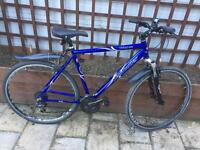 "Men's 22"" Hybrid bike bicycle. Claud Butler. Inc FREE lights & delivery"