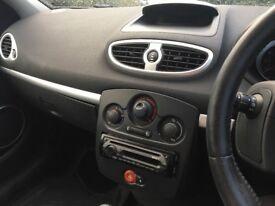 Renault Clio 2006 1.4 litre.