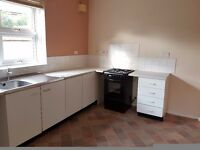 ***NEWLY REFURBISHED 3 BED HOUSE-2 BATHROOMS/DRIVEWAY***