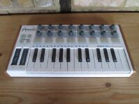 Arturia Minilab - USB midi controller only - Synthesizer / softsynth controller