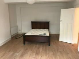 Very large unfurnished 2 Bedroom Flat in Stoke Newington