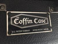 Coffin case for guitar or bass