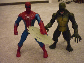 Spiderman and Green Goblin Figures