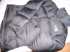 NORTH FACE SMALL LADIES GOOSE DOWN JACKET. USED ONLY A FEW TIMES AND WASHED SO IMMACULATE.