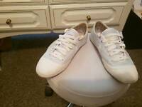 Size 5.5 nike trainer pumps