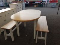 Extending table + 2 benches