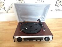 RE-D134 3 SPEED TURNTABLE WITH RADIO BRAND NEW NEVER USED