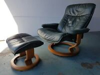 LUXURY LEATHER EKORNES STRESSLESS RECLINING CHAIR / RECLINER / ARMCHAIR WITH FOOTSTOOL CAN DELIVER