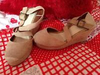 Brand new wedge shoes size 4