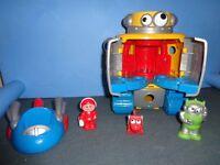 ELC Happyland Lights & Sounds Retro Robot