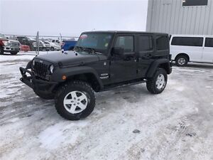 2012 Jeep WRANGLER UNLIMITED Sport- No pst!! Power group!