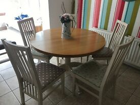Shabby Chic Extending Table & 6 Chairs