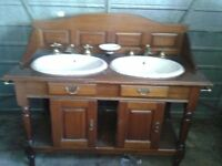 Bathroom double sink unit